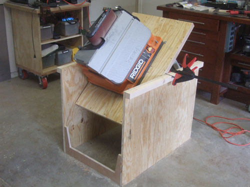flip top tool stand 2