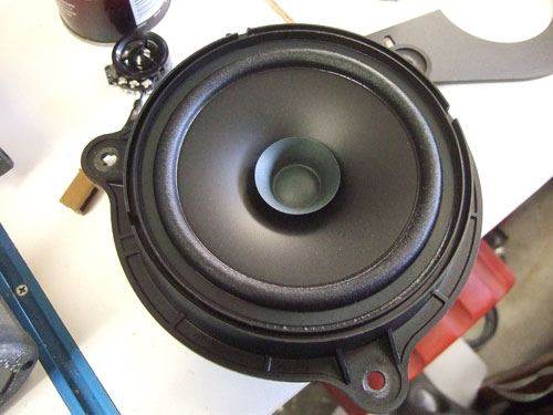 Nissan Titan Stereo Upgrade - stock 6.5 woofer