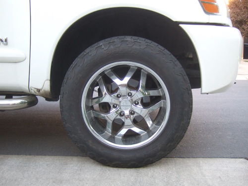 "Nissan Titan 20"" Wheels/ Nitto Terra Grappler 275/65R20 - close up"