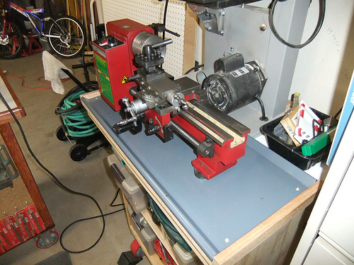 "Harbor Freight 7"" x 10"" Lathe 93212 - Lathe Chip Pan"